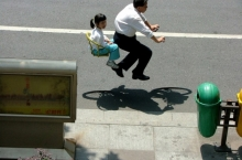 floating-invisible-bicycle-photos-by-zhao-huasen-01-630x474